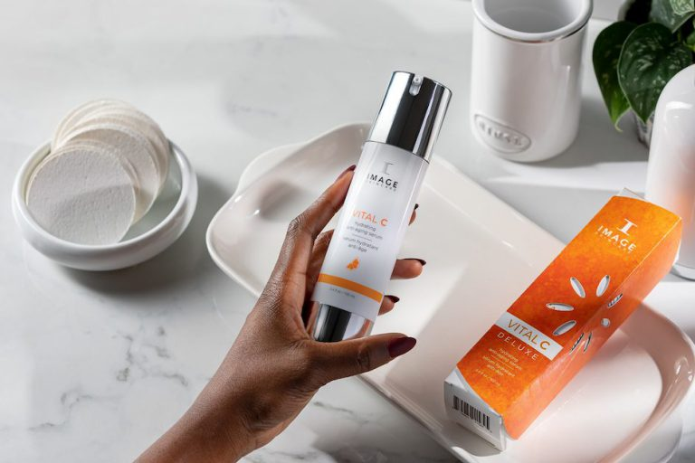 Skincare Vital C Hydrating Anti- Ageing Serum for daily use